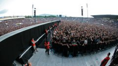 Sofia Rocks 2014 e на 6 юли,  вратите отварят в 14.00 часа