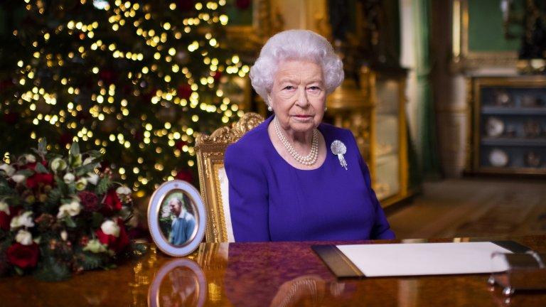 Въпреки това кралското семейство продължава да спазва всички мерки за социална дистанция и превенция