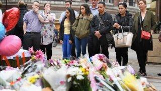 ...И терорът в Манчестър не бива да променя това