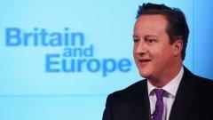 Дейвид Камерън все по-ясно обвързва имигрантския въпрос с оставането на страната в ЕС
