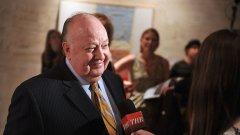 Докато Рупърт Мърдок се старае да стабилизира Fox News след края на управлението й от Роджър Ейлс, един сериозен въпрос остава без отговор: как Ейлс е успявал да харчи милиони долари, за да потушава обвиненията в сексуален тормоз, без никой да усети?