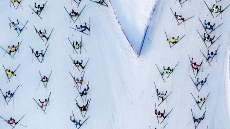 Друго зимно значимо събитие - знаменития ски-маратон в Ендагин, който се провежда ежегодно в Швейцария и представлява състезание за мъже и жени от Малоя до С-шанф в швейцарските Алпи.