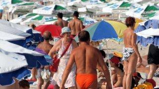 Плажни мисли от един ахтополски летен следобед