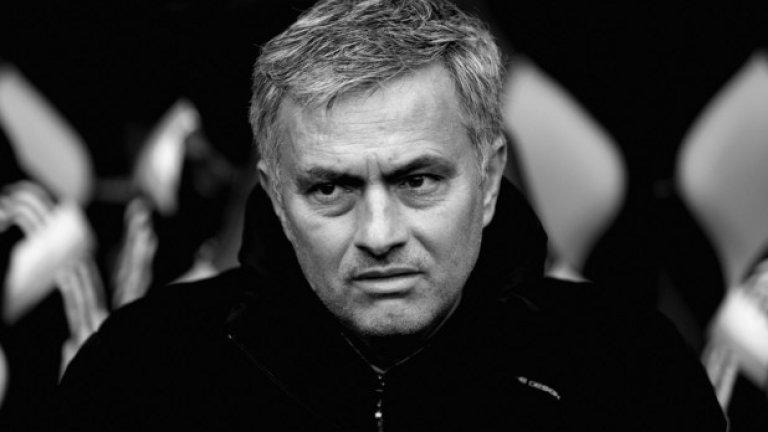 Жозе продължава със стратегията си да нажежава атмосферата около себе си, както и да нахъсва отбора с подклаждането на теза за кампания срещу него.