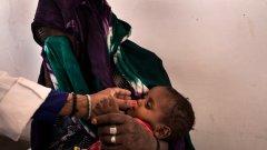 В Йемен дете умира на всеки 10 минути от лечима болест