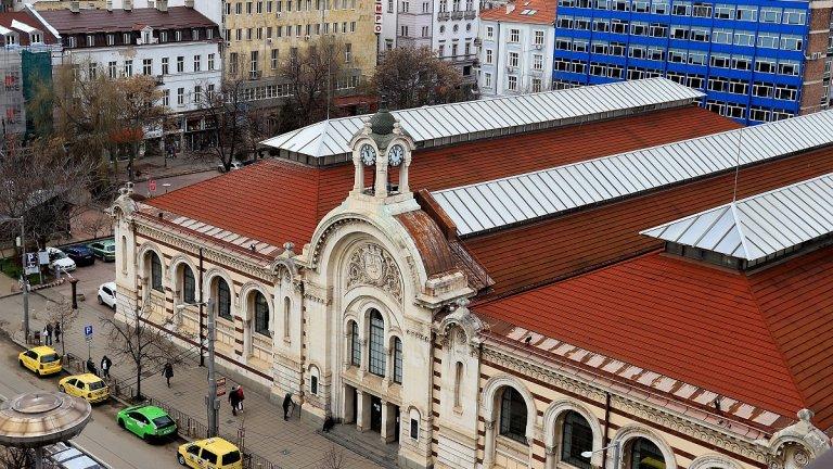 Концепцията на Kaufland е фасадата на сградата да бъде запазена и да не бъде брандирана