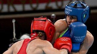 Стойка Кръстева ще се бие за медал в неделя
