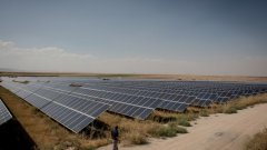 От субсидии за зелена енергия в Украйна се забогатява лесно. Само че това го могат само избрани лица.