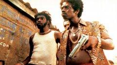 """""""Градът на бога"""" (2002 г.)  Гангстерският шедьовър на бразилското режисьорско дуо Фернандо Мерейреш и Катя Лунд може би е най-съвършения, внушителен и изненадващо велик филм за криминални елементи от началото на новия век."""