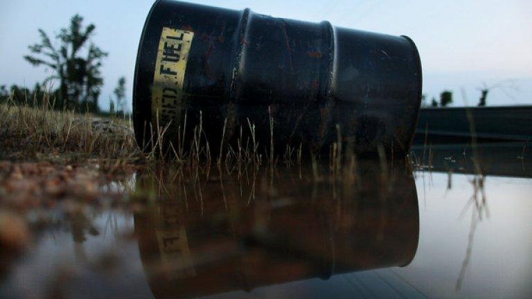 През лятото на 2014 г. барел суров петрол се търгуваше за около 106 щатски долара