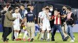 Меси истерия в Асунсион, шеметна Бразилия за 20 минути в Каракас