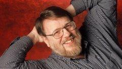 Изобретателят на електронната поща Рей Томлинсън почина на 74 години