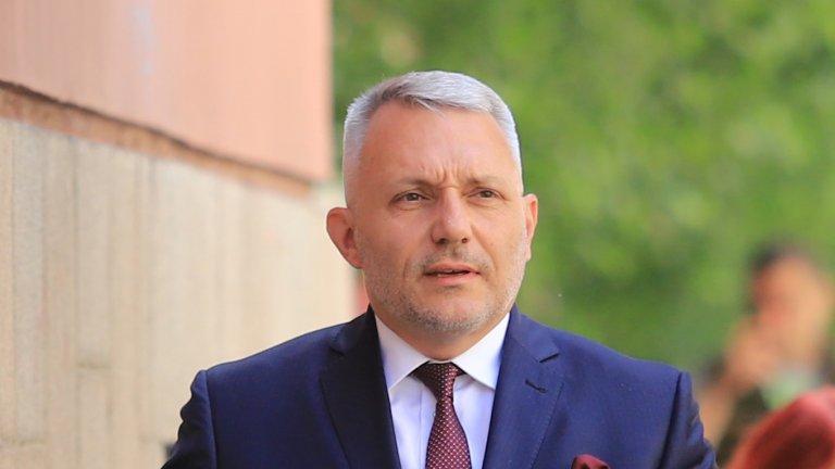 Петър Илиев е неспособен на реформи, категоричен е Хаджигенов