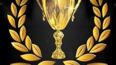 Купата за най-добър хейтър, която Карагър получи, съдържа и отражението на самия Балотели
