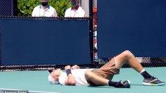 Британски талант припадна на корта от изтощение (видео)