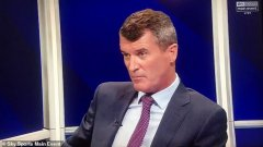 На Рой Кийн не му се хареса Карагър да дава съвети на Юнайтед.