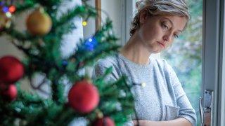 Или през каква социална стигма трябва да мине човек, ако е избрал да остане сам за празниците (и не само)
