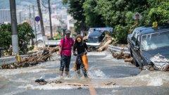 """Най-малко 16 души са починали след """"безпрецедентни"""" дъждове в Япония"""