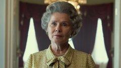 В ролята на принцеса Даяна пък ще видим Елизабет Дебики