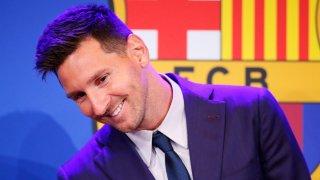 Лионел Меси се раздели с Барселона с изключително емоционална пресконференция и много сълзи, но всички ще помним винаги усмивките, които носеше на феновете с играта си на терена.