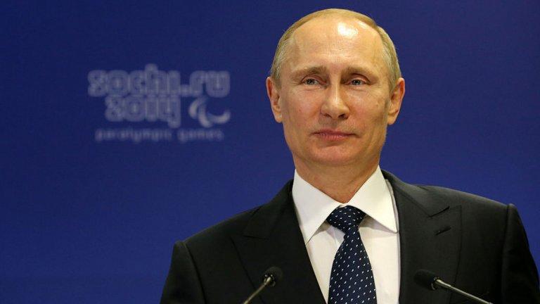 За сметка на това руснаците демонстрират положително отношение към външната му политика