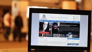 Новата война ще се води в социалните мрежи, а предпочитаното оръжие ще е страхът