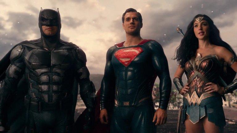 """Zack Snyder's Justice League Премиера: март 2021-а (HBO Max) Вселена: DC Extended Universe  """"Лигата на справедливостта"""" излезе през 2017-а в орязана и по-шарена версия на режисьора Джос Уедън (""""Отмъстителите""""), различна от това, което Зак Снайдър (""""Батман срещу Супермен"""") беше планирал. След интернет кампания от страна на фенове, Warner Bros. взеха безпрецедентното решение да дадат на Снайдър да сглоби и завърши своята визия за проекта. Така сега ще получим един по-мрачен и по-дълъг филм, разделен в 4 епизода, в който отново да проследим събирането на екран на Батман, Супермен, Жената чудо, Светкавицата, Аквамен и Киборг. Остава въпросът дали този """"Лигата на справедливостта"""" ще е по-добър или ще е просто по-дълга версия на разочарованието от големия екран."""