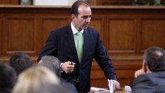Спорен законопроект скара Иван Искров с икономистите на БСП