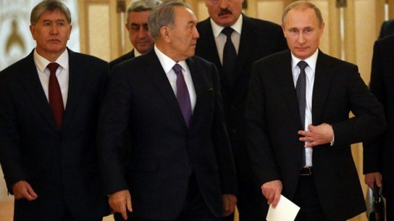 Страхът от Русия сред партньорите й е най-голямата слабост на новия проект