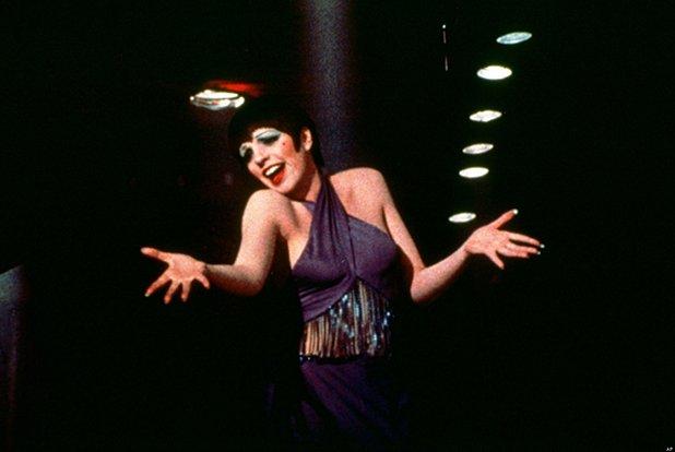"""Лайза Минели е единствената носителка на """"Оскар"""" (за """"Кабаре"""" 1972 г.), чиито родители също имат награда от Американската филмова академия. Майка й Джуди Гарланд получава почетна статуетка през 1939 г., а баща й Винсънт Минели печели """"Оскар"""" за режисурата на """"Джиджи"""" (1958)."""