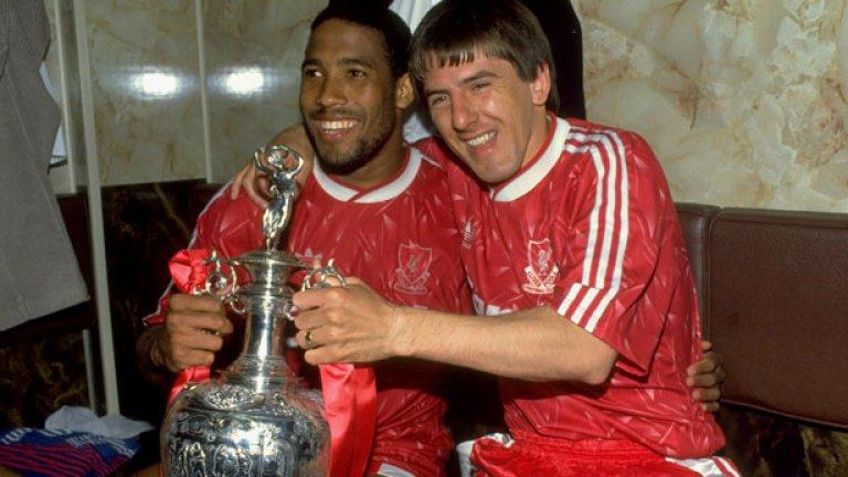 Барнс стана шампион с Ливърпул два пъти - през 1988 и 1990
