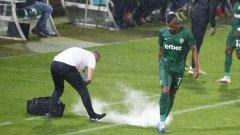 Бурята в Разград предизвика токов удар и прекрати за кратко мача, но Лудогорец стигна до победата