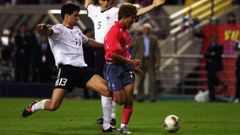 Михаел Балак, не сполучил в опита си сам да направи Германия световен шампион преди 13 години, може да опита пак. Този път в шоу Мондиал за легенди.