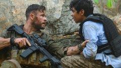 Класика в жанра: самотен войник спасява отвлечено момче и стреля ли, стреля...