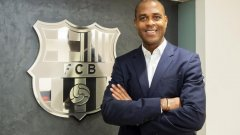 Патрик Клуйверт ще отговаря за талантите на Барселона в школата Ла Масия
