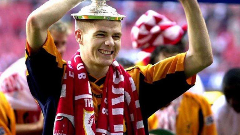 С Ливърпул спечели 8 медала, включително 2 пъти ФА Къп.