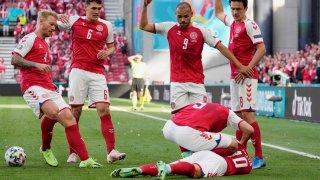 УЕФА: Кристиан Ериксен е в болница в стабилно състояние
