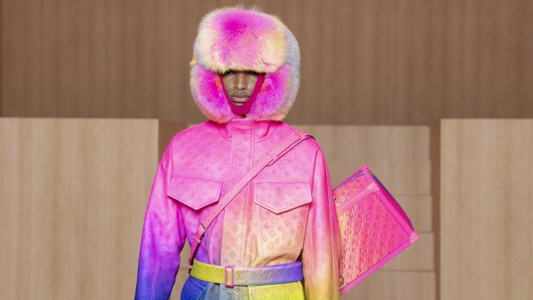 Това е интересен летен модел мъжко облекло. Розовото подчертава индивидуалността и натъртва на разбирането, че синьото е само за момчета, а розовото - само за момичета. За пухкавата шапка - кой знае.