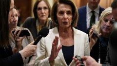 Говорителят на Камарата на представителите в Конгреса Нанси Пелоси (на снимката) обяви началото на разследването, което може да доведе до свалянето на Тръмп от президентския пост.