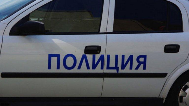 """Полицаи арестуваха мъж след барикада в """"Стрелбище"""""""