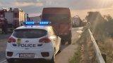 """Две катастрофи предизвикаха задръстване на """"Тракия"""" край Пазарджик"""