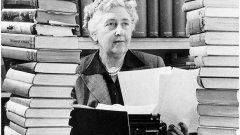 В месеца на Агата Кристи да си пропомним ролята на храната в пет нейни романа