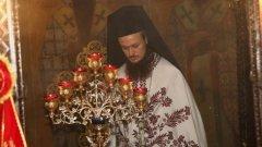 Дионисий отрече да е протеже на Пловдивския митрополит Николай