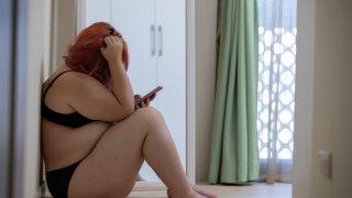 Жените създават представа за телата си в зависимост от околните