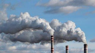 Причината е превишение на нормите на серен диоксид