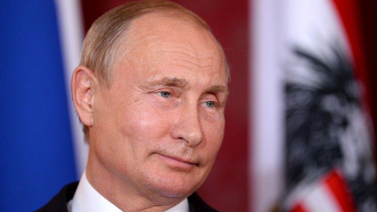 """""""Рестартът на мандатите на руските президенти означава само едно – Путин знае, че ако пусне жезъла, на главата му ще се стовари същинска лавина."""""""