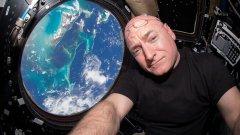 МКС е може би най-забележителният офис в Слънчевата система
