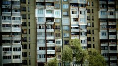 През комунизма масово се строят панелки, тъй като отделните едри панели просто се сглобяват чрез заварки и процесът е бърз.