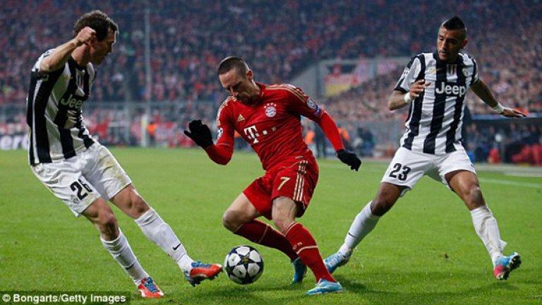 Байерн и Ювентус се срещнаха в Шампионската лига