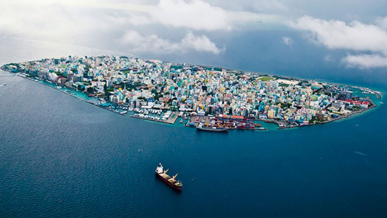 Мейл, Малдивите